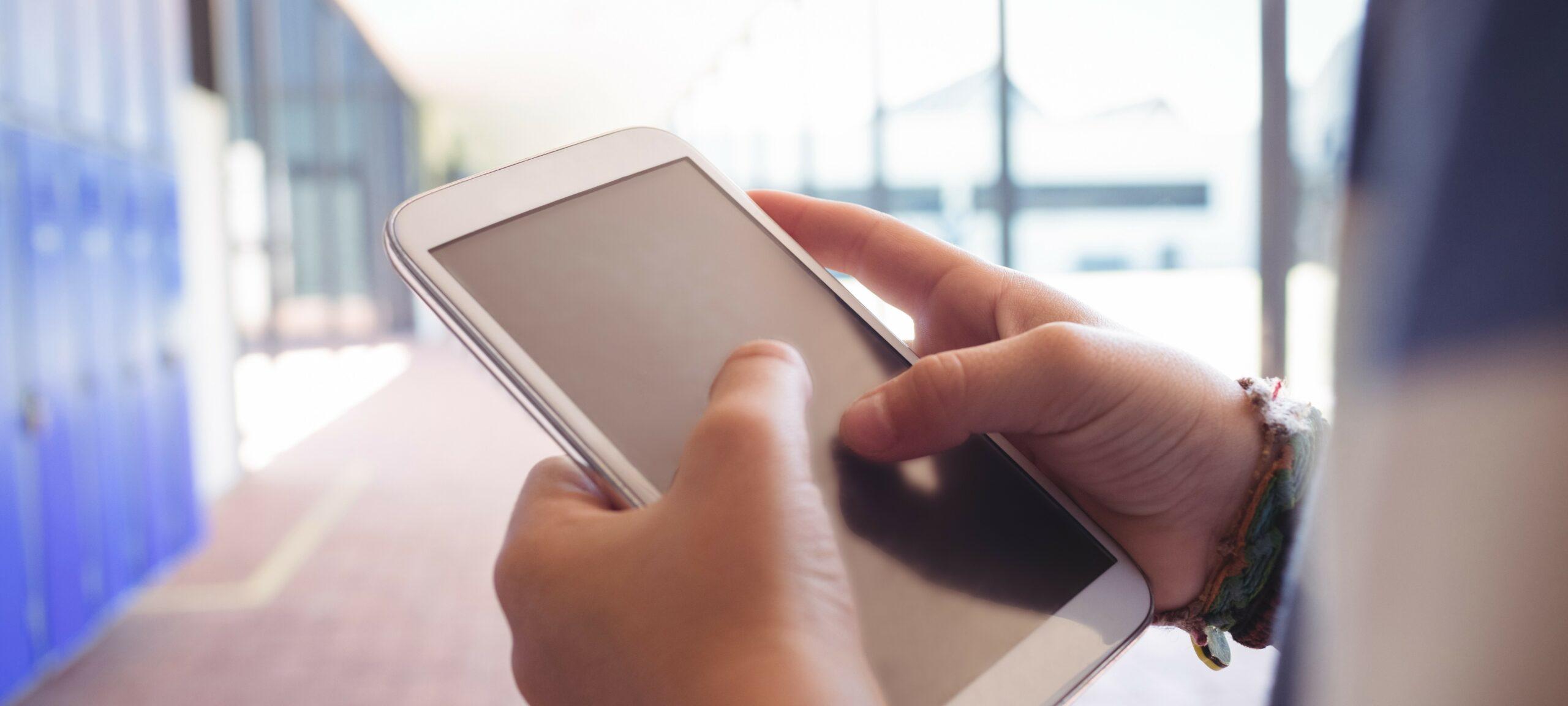 Durch die Onlineberatung können sich Kinder und Jugendliche anonym beraten lassen.